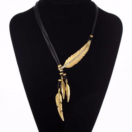 Collier noir avec plume dorée