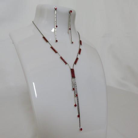 Parure argentée avec filament de strass rouge