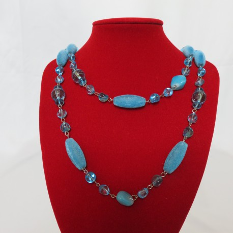 Collier long bleu